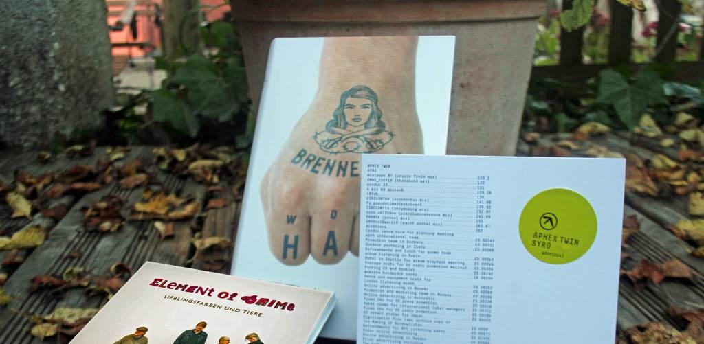 Wolf Haas Brennerove Element of Crime Lieblingsfarben und Tier Aphex Twin Syro